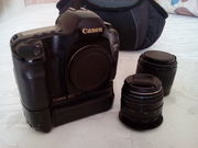 Продам фотоаппарат,  вспышки, осветители